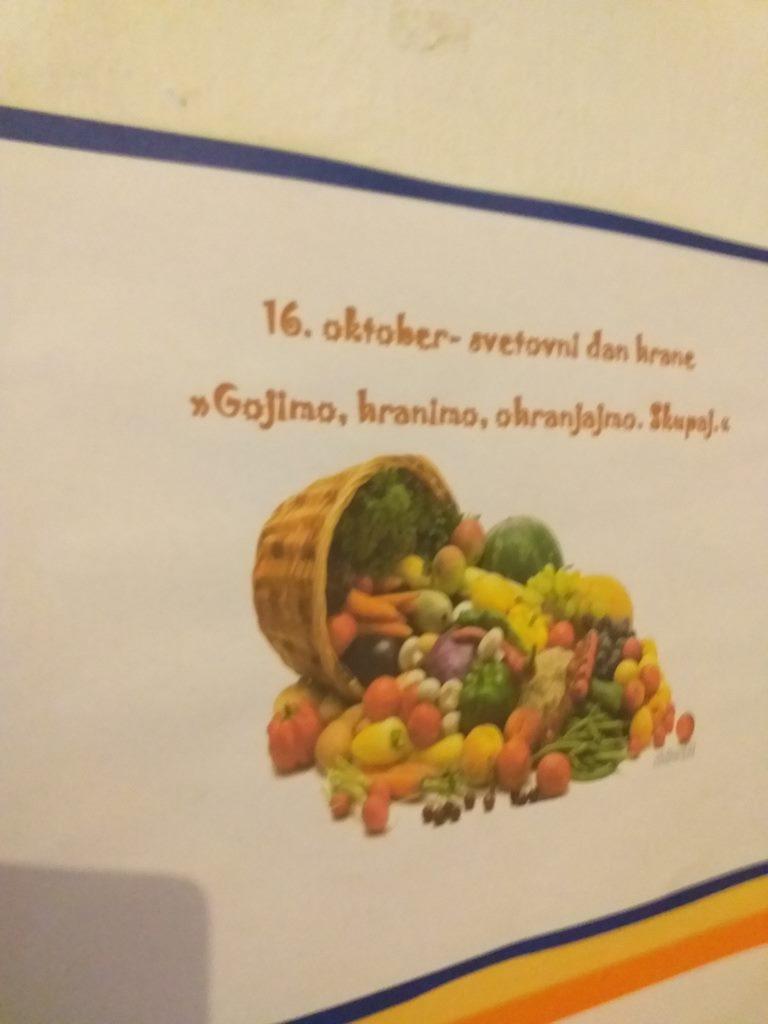 Ob svetovnem dnevu hrane 16. oktobru učenci podaljšanega bivanja v Studenem pripravili razstavo